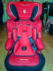 Продам автомобільне крісло Ferrari