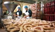 Рабочие на Производство Колбасы